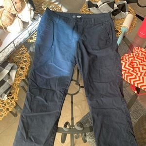 Old Navy brand pixie pants